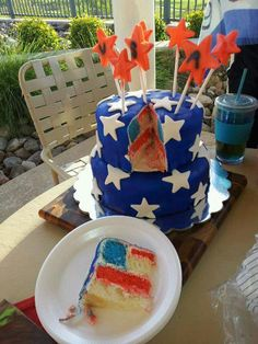 Ramiro R.'s Double Decker Flag Cake! {Get the #recipe: http://www.tablespoon.com/recipes/red-white-and-blue-layered-flag-cake-recipe/1/} #4thofJuly