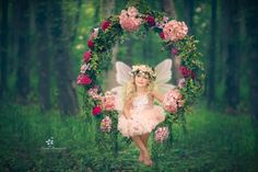 Add wings to A Swing Photography, Whimsical Photography, Fantasy Photography, Children Photography, Photography Ideas, Mommy And Me Photo Shoot, Girl Photo Shoots, Fairy Photoshoot, Photoshoot Ideas