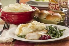 Grandma's Country Mashed Potatoes | MrFood.com