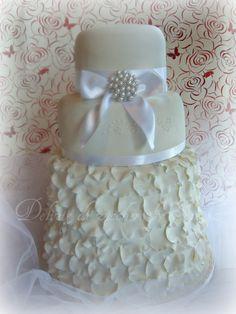 DELIZIE DI ZUCCHERO BY SIMONA: WEDDING CAKE TOTAL WHITE ( Paolo e Fabiana 3 marzo 2012 )
