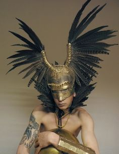 31) Eagle wing mask...