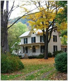 Beautiful Decoration: White Farmhouse Style – My Life Spot Fresh Farmhouse, Country Farmhouse, Farmhouse Decor, Country Living, Modern Country, Farmhouse Design, Country Life, Country Charm, Country Homes