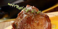 Mοσχαρίσιο φιλέτο με σάλτσα μαυροδάφνη Yams, Greek Recipes, Mashed Potatoes, Steak, Recipies, Pork, Pudding, Beef, Cooking