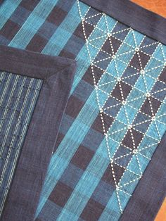 reversible Sashiko table runner - No marking required because the grid follows the woven checks.