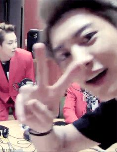 Chanyeol's signature peace sign once again.