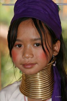 Girl With A Bronze Neck Ring!!