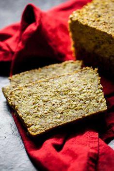 """Pamiętacie niezwykły chleb bez mąki, naktóry przepis niedawno zamieściłam nablogu? No tomam dla Was coś jeszcze fajniejszego, ajuż napewno milion razy zdrowszego:""""chleb"""" 5 kasz. Tak sobie kombinowałam, żeskoro błonnik zbabki płesznika stanowi rodzaj pewnego rodzaju naturalnego cementu, toczemu nie spróbować byskleić nim kasz, które zpewnością będą zdrowszym ibardziej lekkostrawnym rozwiązaniem niż chleb napakowany orzechami ipestkami. …"""