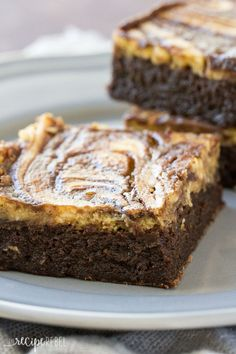 Flourless Pumpkin Cheesecake Brownies