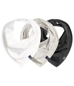 H&M 3 pack triangle scarves
