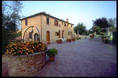 Le Meridiane Residence was built restoring a 17th century farmhouse.