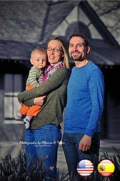 DIEGO (HISPANIC SON), ELENA (WIFE) AND JUAN MANUEL (HUSBAND) (USA AND SPAIN/ ESPAÑA) STRANGERS INTO NEIGHBORS: THE LATINOS AND HISPANICS IN ALAMANCE COUNTY, NC PHOTO PROJECT AND PUBLIC EXHIBITION/ PROYECTO Y EXPOSICION FOTOGRAFICA PUBLICA [https://www.facebook.com/STRANGERSINTONEIGHBORS] [Fotografía LATIN IMAGE Photography]