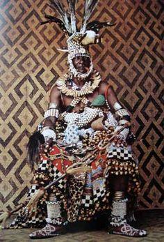 Régent Kuba  In J. Cornet, Art royal Kuba p. 245. © Angelo Turconi.