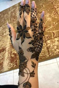 50 Most beautiful Chandigarh Mehndi Design (Chandigarh Henna Design) that you can apply on your Beautiful Hands and Body in daily life. Floral Henna Designs, Indian Mehndi Designs, Mehndi Designs Book, Mehndi Designs 2018, Mehndi Design Pictures, Modern Mehndi Designs, Mehndi Designs For Girls, Mehndi Designs For Beginners, Wedding Mehndi Designs