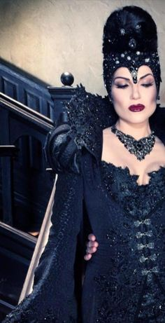 the beautiful evil queen regina