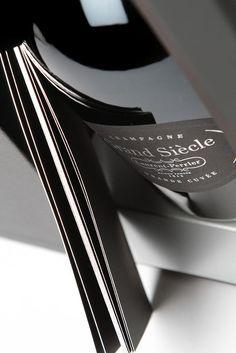 Made from 45% Pinot Noir and 55% Chardonnay from 10 of the most prestigious growths of Champagne, this is a blend of the greatest vintages produced by Laurent-Perrier.  © To purchase our wines, visit www.millesima.com and select your country of delivery. The finest wines are waiting for you. ©Millesima