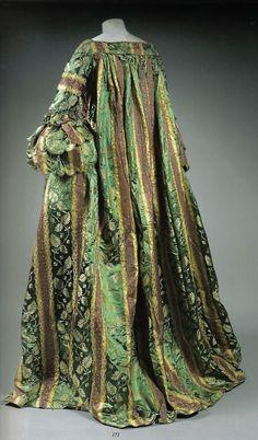 Robe battante also called robe volante, early 18th century