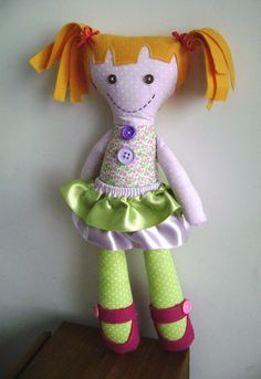 Boneca de pano -Mili verde