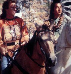 Dances with Wolves - 1990 Kevin Costner, Graham Greene Wolf Movie, I Movie, Movie Stars, Kevin Costner, Native American Indians, Native Americans, Film Dance, Dances With Wolves, Graham Greene