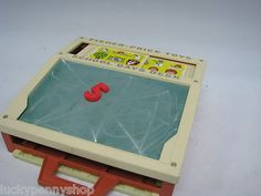 Fisher Price School Days Play Desk Chalkboard http://www.luckypennyshop.com/toys.htm