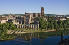 Episcopal City of Albi  On the banks of the Tarn river in south-west France, the old city of Albi reflects the culmination of a medieval architectural and urban ensemble.