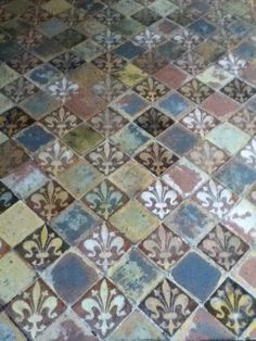 Medieval tiles in Winchester Cathedral