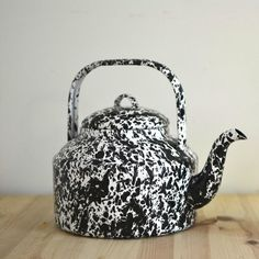 oldache / black enamelware tea kettle