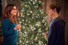 Mary McDonnell Major Crimes Pockets | What to Watch on Monday: Christmas interrupted on 'Major Crimes'