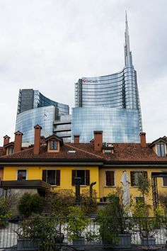 UniCredit Tower from 10 Corso Como