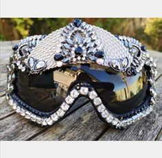 Black and Silver Jewelled Rhinestone Festival Goggles Rave Clothing Accessories Statement Unique Dif Rave Accessories, Bridal Accessories, Sunglasses Accessories, Concert Fashion, Music Festival Fashion, Funky Outfits, Rave Outfits, Festival Sunglasses, Rave Mask
