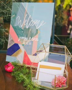 From mini-easel table numbers to Monet-inspired cakes, we found so many artful ideas for your ceremony and reception. Not only do these art-themed ideas have beautiful results, but they can easily suit any wedding-day aesthetic, from classic to modern. Wedding Trends, Wedding Designs, Wedding Ideas, Wedding Favors, Wedding Gifts, Card Box Wedding, Our Wedding, Décoration Candy Bar, Wedding Welcome Table