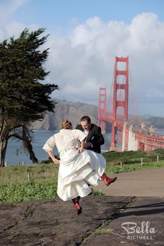 Wedding photographers to match your style. Bella Pictures is the leader in wedding photography & video. View our online portfolio of wedding pictures and photos. Meet our wedding photographers & videographers. Video Photography, Photography Ideas, Wedding Photography, Golden Gate Bridge, Wedding Portraits, Wedding Pictures, Our Wedding, Photo Ideas, Travel
