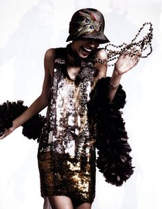 """Chanel Iman in Vera Wang & Ellen Christine Millinery as the """"Flapper"""" - photographed by David Sims for """"The American Experience"""" Editorial Vogue May 2010 - Look Gatsby, Gatsby Style, Flapper Style, 1920s Flapper, Flapper Outfit, 20s Style, Flapper Headband, Flapper Costume, Flapper Hat"""