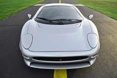 Supercar Icons - 1992 JAGUAR XJ220 Still Enchants the Eye and Mind, 22 Years Later Jaguar Xj220, Enchanted, Super Cars, Mindfulness, Bmw, Vehicles, Icons, Style, Swag