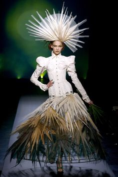 STYLING Fashion Art :: Model Karlie Kloss (IMG) - Jean Paul Gaultier Spring 2010 Couture Collection