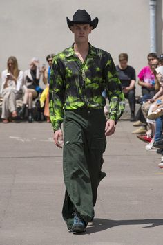 SS/20 → Like a Rock – PHIPPS Like A Rock, Parachute Pants, Fashion Show, Menswear, Spring Summer, Model, Collection, Ss, Style