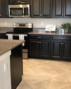 Open Plan Kitchen Living Room, Kitchen Room Design, Kitchen Cabinet Design, Modern Kitchen Design, Home Decor Kitchen, Interior Design Kitchen, Kitchen Furniture, Home Kitchens, Kitchen Ideas