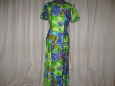 Vintage 60s Alice Polynesian Fashions Vibrant Watercolor Floral Hawaiian Waterfall Train Dress Small by SavvyFlair