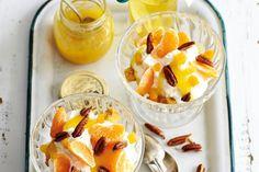 Kijk wat een lekker recept ik heb gevonden op Allerhande! Zandkoekjes met room, fruit en noten