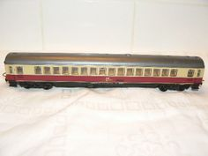 find Scenery and seated Figures for HO Scale Passenger Cars at http://www.modeltrainfigures.com