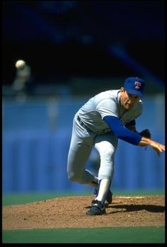 Nolan Ryan pitching - You have less than a second to decide whether to swing or not!!!