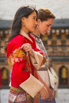 Bellezze regali sul tetto del mondo: William e Kate in Bhutan