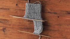 Crochet Socks, Knitting Socks, Knitting Projects, Crocheting, Youtube, Fiber, Slippers, Diy, Fashion