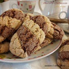 Gli intrecciosi da latte sono dei biscotti effetto intreccio preparati con farina integrale e cacao. Inzuppodsi e buonissimi.