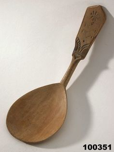 Tim Manney Chairmaker: A photo collection of old Swedish spoons.