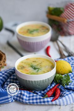 Soup Kitchen, Chicken Soup, Cheeseburger Chowder, Celery, Eat, Ethnic Recipes, Soups, Food, Recipies