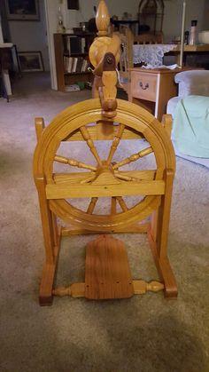 Rick Reeves oak spinning wheel