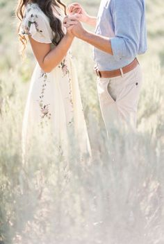Engagement Photography Sweet puppy filled engagement session with a beautiful floral maxi dress Engagement Photo Outfits, Engagement Couple, Engagement Shoots, Wedding Engagement, Country Engagement, Wedding Tips, Field Engagement Photos, Engagement Dresses, Winter Engagement