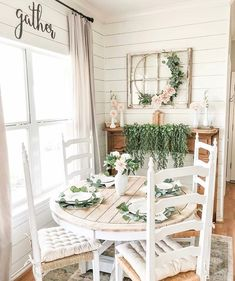 I am currently putting together a chandelier for my living room ! Lol Well at least I think thats where its gonna… Farmhouse Homes, Farmhouse Chic, Dining Room Table, Dining Area, Estilo Shabby Chic, Spring Home, My Living Room, Sweet Home, New Homes