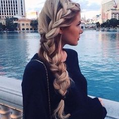 Braided hairstyles for long thick hair - Hair Style ideas No Heat Hairstyles, Haircuts For Long Hair, Pretty Hairstyles, Braided Hairstyles, Wedding Hairstyles, Summer Hairstyles, Hairstyle Braid, Perfect Hairstyle, Medium Hairstyle