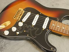 Carefully chosen, hand picked, vintage, rare and unique guitars for the discerning player and collector.